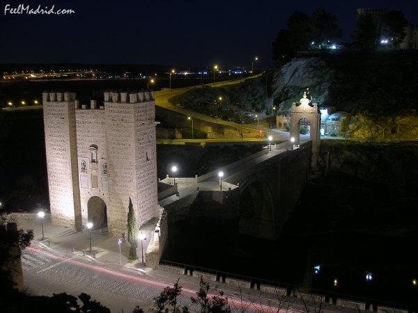 Toledo, Puente de Alcantara at Night